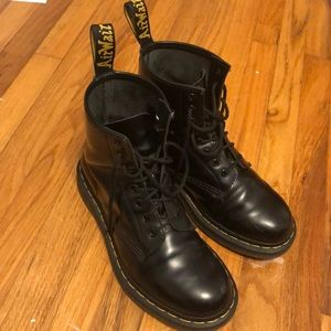 Black high top Dr martens